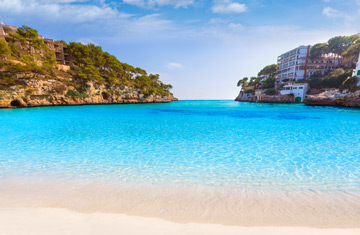 Book Cheap Singles Holidays 2019/2020 from £49 Deposit Only!