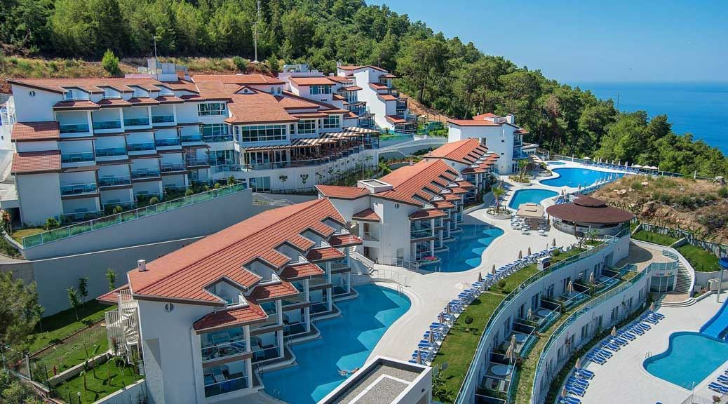 5 Cheap Luxury Hotels In Europe - Teletext Holidays