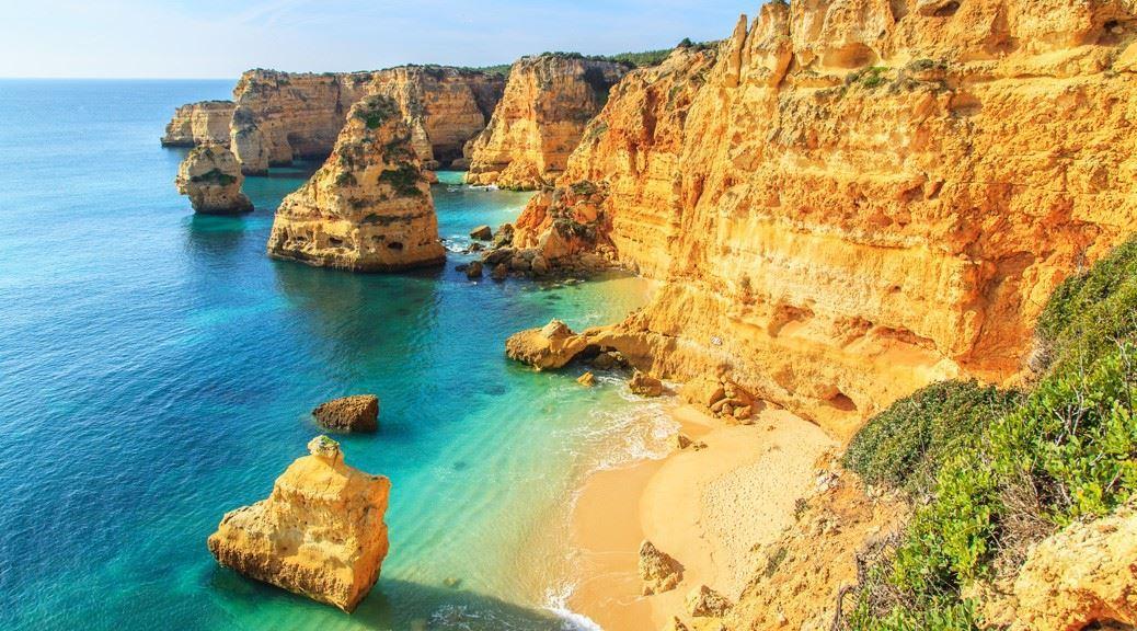 نتيجة بحث الصور عن praia da marinha portugal