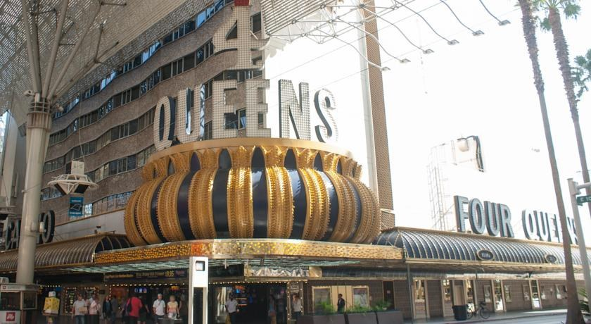 Book Four Queens Casino Hotel Las Vegas Nevada